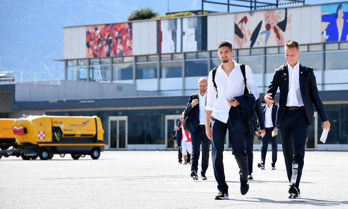 Cican Stankovic und Jasper van der Werff vor dem Abflug am Montag