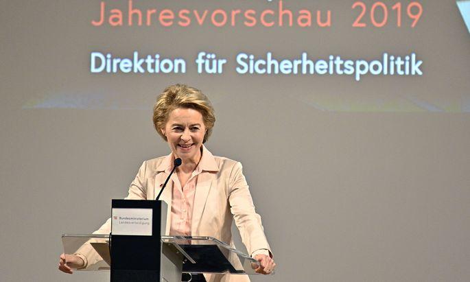 """Ursula von der Leyen plädierte für eine """"Armee der Europäer""""."""