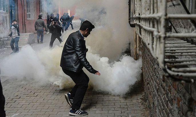 Im Südosten der Türkei liefern sich Aufständische und Armee täglich Gefechte.