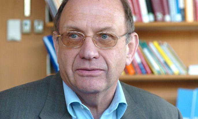 Wahlrecht: Verfassungsexperten drängen auf Reform