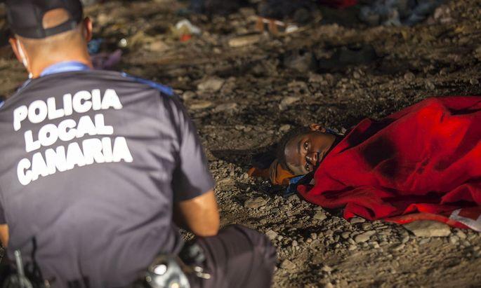 Migrant am Strand von Gran Canaria im Jahr 2015.
