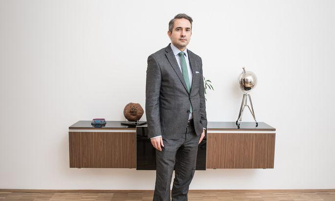 Rechtsanwalt Kazim Yilmaz in seiner Kanzlei im ersten Bezirk in Wien.