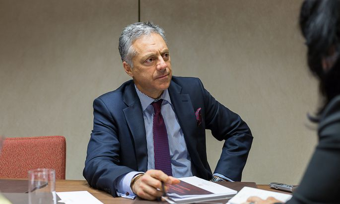 """US-Technologieaktien werden vom wachsenden Onlinehandel profitieren"", meint Fondsmanager Alexander Farman-Farmaian."