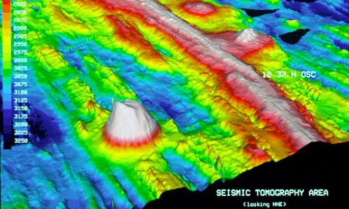Gebirgsketten am Meeresboden – hier des Pazifiks – zeigen, dass Lava die Erde auseinandergeschoben hat.