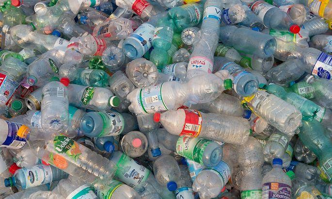 Müllberge voll Plastik
