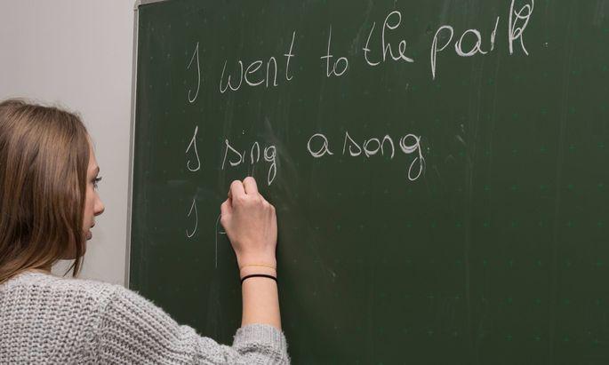 Nicht nur in der Wirtschaft, sondern auch an den Schulen ist Englisch die wichtigste Fremdsprache und hat im Lehramt noch an Bedeutung gewonnen.