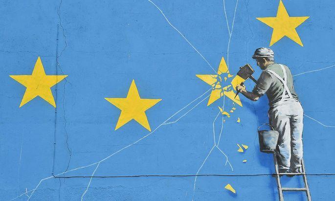 Den Stern aus der EU-Flagge zu nehmen ist nicht so leicht, wie der Künstler Banksy es darstellte.