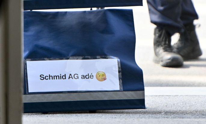 Symbolbild: Aktenwagen im U-Ausschuss