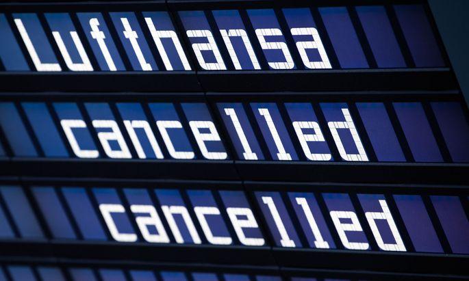 Passagiere der AUA-Mutter Lufthansa müssen mit Flugausfällen rechnen