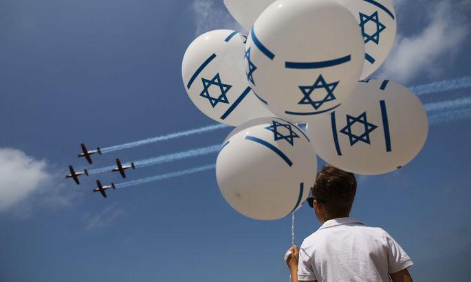 Israel feiert Geburtstag und wappnet sich für neue Konfrontationen.