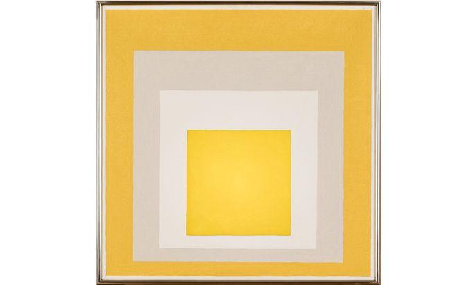 """Ein Hang zum Quadrat, das auch fürs Irdische, Materielle steht, zieht sich durch die Sammlung Ploil: Hier Josef Albers """"Study to Hommage to the Square"""", 1961."""