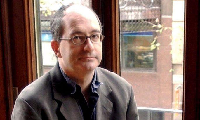 SPAIN BRITISH WRITER JOHN LANCHESTER