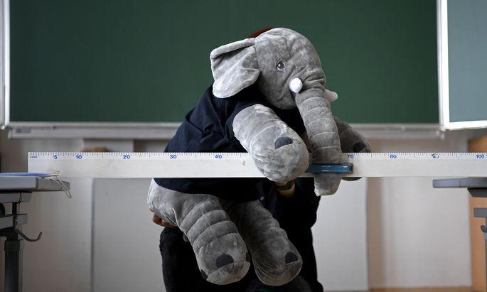 Der Baby-Elefant hat ausgedient.