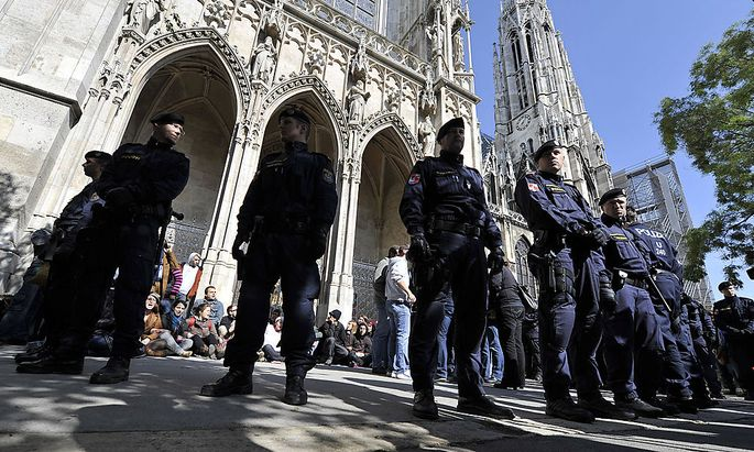 Die Wiener Votivkirche war lange Zeit von Asylwerbern besetzt. Darunter war auch Azim M.