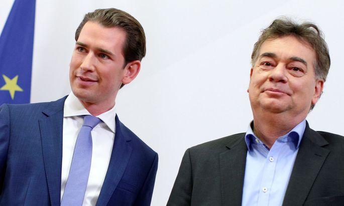 Sebastian Kurz und Werner Kogler können eine Regierung gleich mit einer Gehaltserhöhung starten