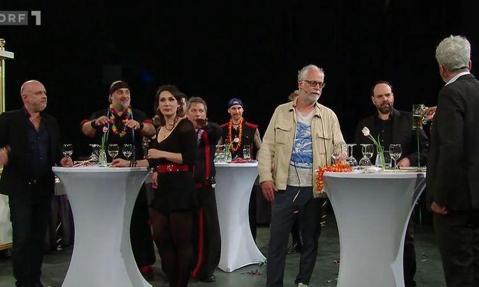"""Kurz vor der Polonaise: Party bei """"Willkommen Österreich""""."""
