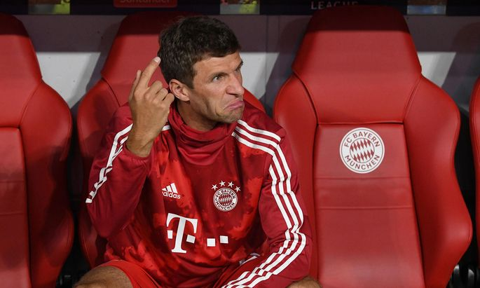Thomas Müller ist mit der Reservistenrolle keineswegs einverstanden – jetzt wird über seinen Abschied spekuliert.