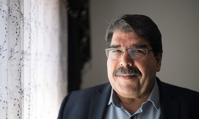 Salih Muslim wird von der Türkei per Haftbefehl gesucht.