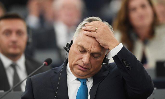 FRANCE-EU-HUNGARY-PARLIAMENT