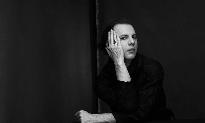 """Teodor Currentzis dirigiert den """"Don Giovanni"""" ab 26. Juli in Salzburg. Inszenierung: Romeo Castellucci."""