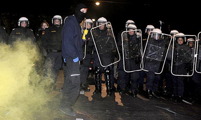 WKRBall Kritik Polizei allen