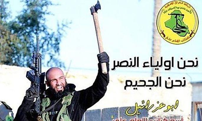 Abu Azrael in typischer Pose