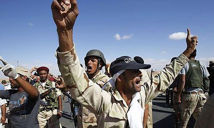Gaddafi-Gegner nehmen Wüstenoase Sebha ein