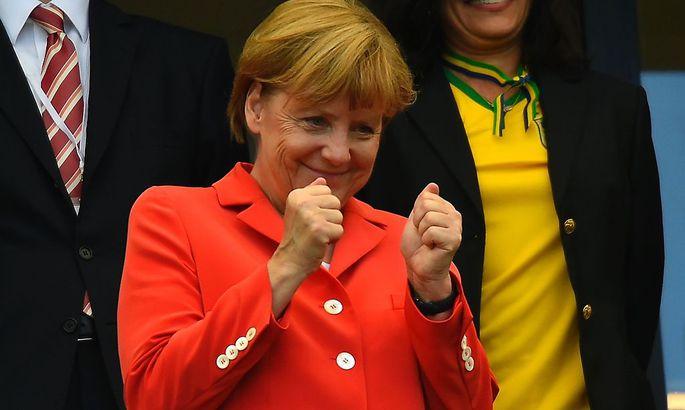 Angela Merkel ist auch oft Besucherin von Spielen der deutschen Nationalmannschaft.
