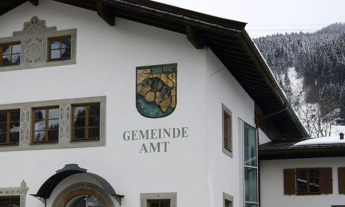 Das Gemeindeamt Jochberg: Tirol schnitt bei der Erhebung schlecht ab.