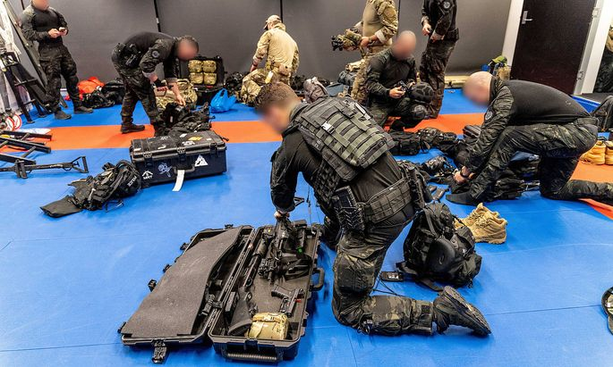 News Bilder des Tages June 8, 2021, Australia: during Operation Ironside. Australian authorities announced Tuesday that