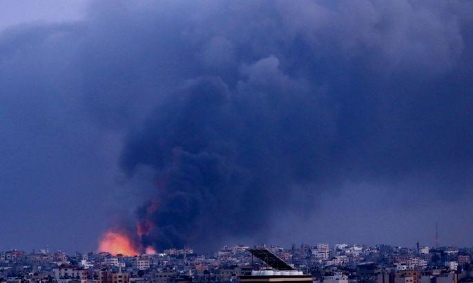 Seit Beginn des Konflikts sind dem israelischen Militär zufolge mehr als 4000 Raketen aus dem Gazastreifen auf Israel abgefeuert worden