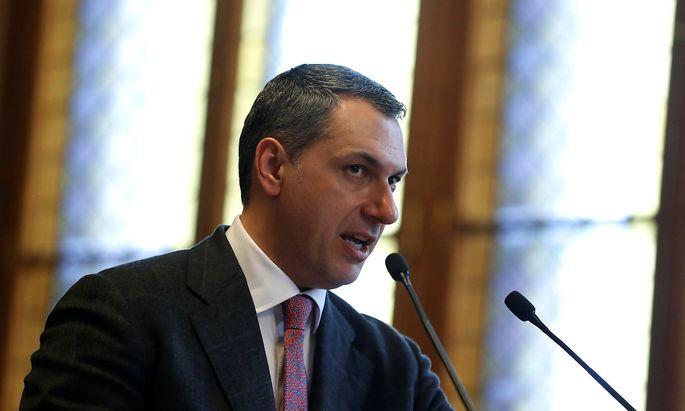 Janos Lazar tritt politisch in die zweite Reihe zurück. Ungarns Premier Viktor Orbán baut sein Team um.