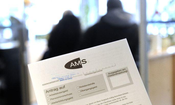Die österreichische Regierung plant Reformen bei langfristiger Arbeitslosigkeit.