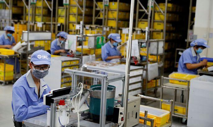 Symbolfoto: Fabrik in China