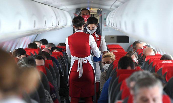 Die Austrian Airlines müssen aufgrund neuer Landeverbote mehrere Flüge in den Westbalkan streichen.