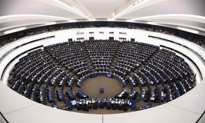 Durch den Brexit wird das Europaparlament von 751 auf 705 Abgeordnete verkleinert. Österreich erhält einen Sitz mehr als bisher.