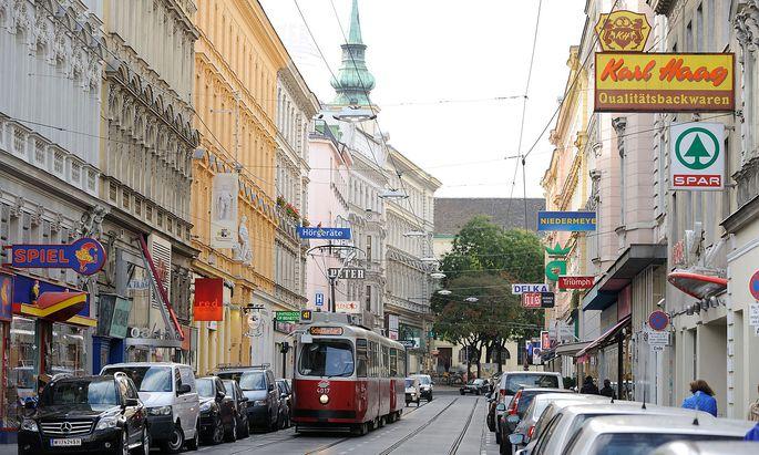 Schienenstraßen (hier die Währinger Straße) ausgenommen - im Rest von Innerwähring gilt nun Tempo 30.