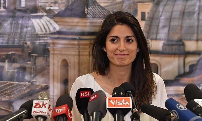 Virginia Raggi nach ihrem Wahlsieg in Rom