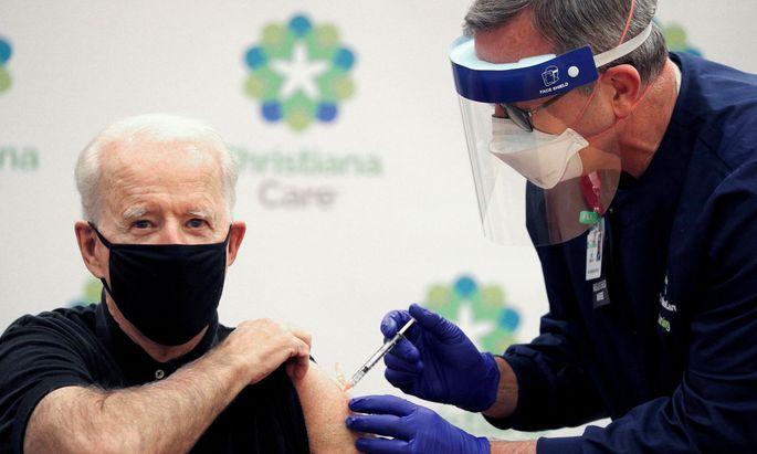 Joe Biden bekommt zweite Dosis der Corona-Impfung