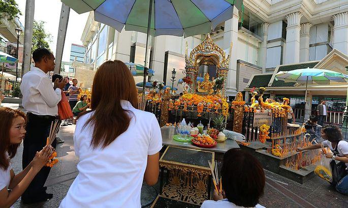 Der Erawan-Schrein in Bangkok ist nach dem Attentat wieder offen.