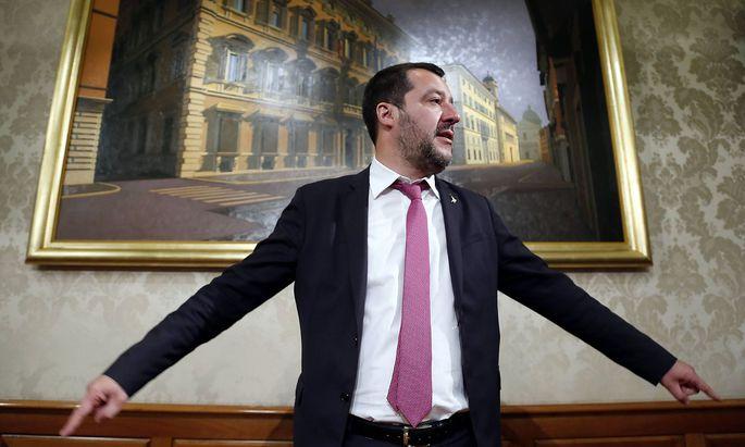 Italiens Lega-Chef Matteo Salvini geriert sich als informeller Chef einer rechten Parteienallianz in der EU