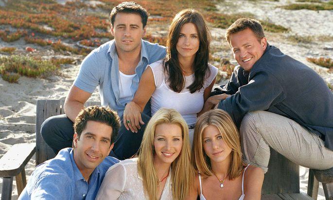 Film Stills from Friends Matt LeBlanc, Courteney Cox Arquette, MAtThew Perry, Jennifer Aniston, Lisa Kudrow, David Schw