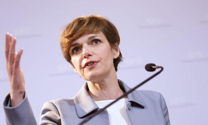 SPÖ-Vorstand einstimmig für Rendi-Wagner als neue Ministerin