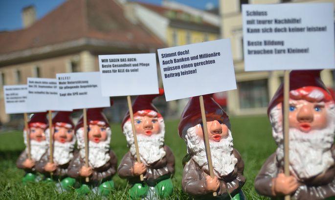 WAHLWERBUNG DER SPOE IN KLAGENFURT: 'GARTENZWERGE'