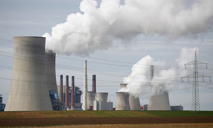 Das Braunkohlekraftwerk Neurath bei Köln. Die Union will am festgesetzten Ausstieg 2038 festhalten.
