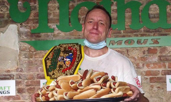 Joey schaffte 75 Stück Hotdog