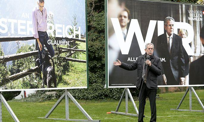 Plakate: Van der Bellen setzt auf