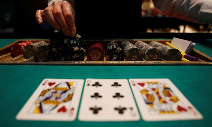 Im kommenden Jahr sollen die Ereignisse rund um die reichlich seltsame Postenbesetzung in der teilstaatlichen Casinos Austria von einem Untersuchungsausschuss durchleuchtet werden.