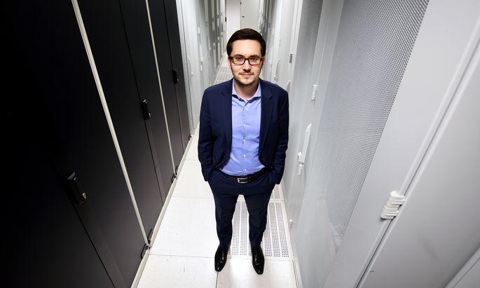 Hier lagern alle Netflix-Serien: Alexander Windbichler in seinem Rechenzentrum im sechsten Wiener Gemeindebezirk.