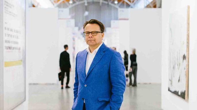 Van den Heuvel war von 2012 bis 2014 Geschäftsführer der Viennafair.